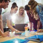 Education by the Way – manuál pro vzdělavatele pracující s lidmi s nízkými kompetencemi
